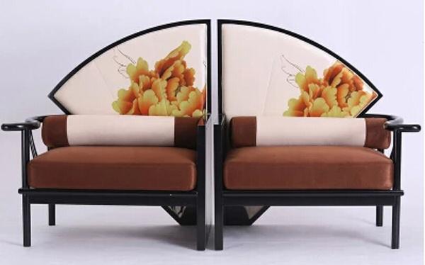 此款新中式沙发纹理清晰,水曲柳实木家具材质坚硬,纹理精美,抗震力极图片